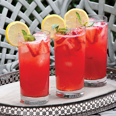 Strawberry-Basil Lemonade Cocktail
