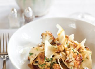 Caramelized Cauliflower and Rag Pasta