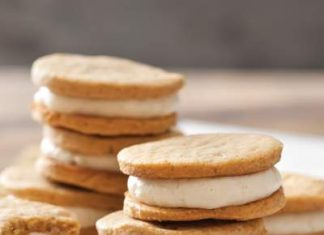 Spiced Sweet Potato Sandwich Cookies with Caramel Cream