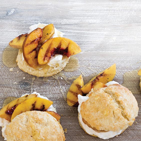 shortcakes with grilled peaches