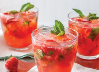 Strawberry Kombucha Spritz